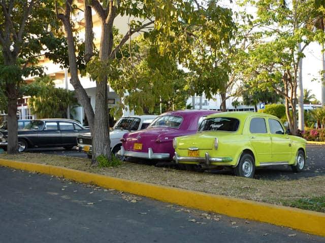 Typischer Straßenzug in Cienfuegos