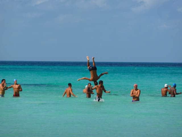 Blaues Meer ist typisch für Varadero