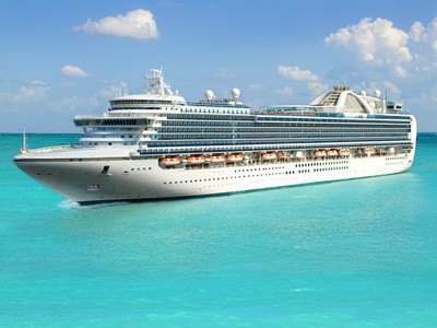 Kreuzfahrtschiff auf den Weg nach Kuba